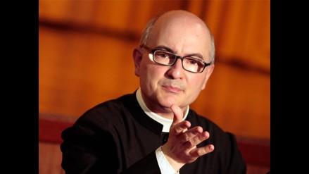 El sacerdote que vino a exorcizar temores y ficciones