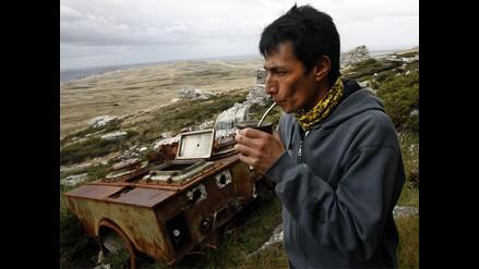 Islas Malvinas: veterano regresa después de 30 años a zona del conflito