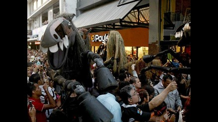 Caballos gigantes en Festival Internacional de las Artes de Costa Rica