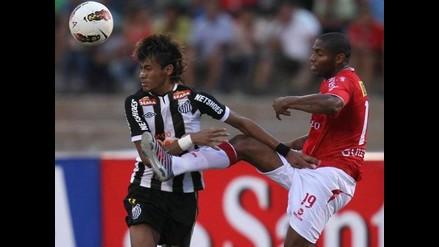 Juan Aurich busca el honor en su visita al Santos en Copa Libertadores