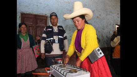 MEM entregó más de 43 mil cocinas a GLP a nivel nacional