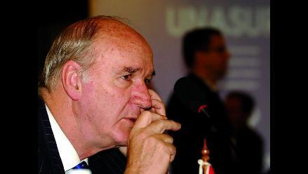 García Belaunde negó que Perú haya actuado bajo presión de Argentina
