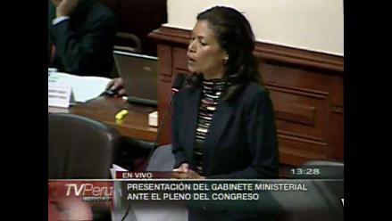 Cecilia Tait llora y se desmaya en el Congreso por niños con cáncer