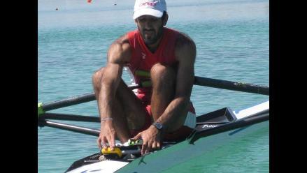 Víctor Aspíllaga clasifica en remo a los Juegos Olímpicos de Londres