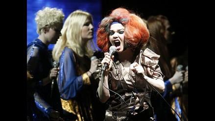 Björk y Arctic Monkeys brillan en primera fecha del Lollapalooza Chile