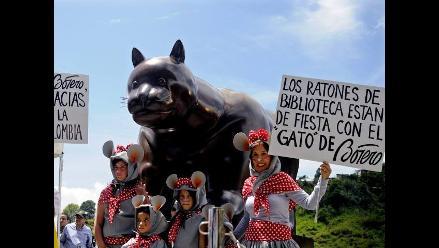 Fernando Botero dona su robusto Gato de bronce a su Medellín natal