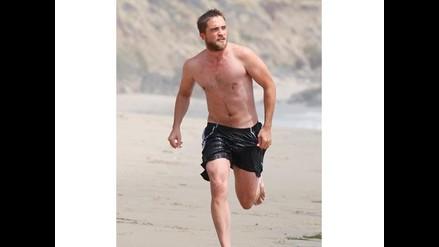 Robert Pattinson toma clases de surf para sorprender a Kristen Stewart