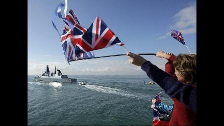 Destructor británico ´HMS Dauntless´ partió hacia el Atlántico Sur