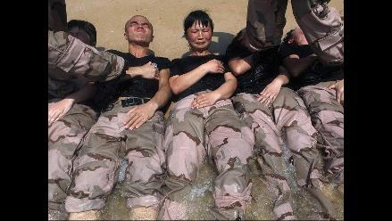 Escuela prepara con exigencia a mujeres guardaespaldas en China