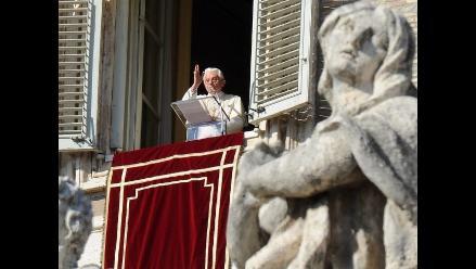 Benedicto XVI oficia misa de Resurrección en el Vaticano