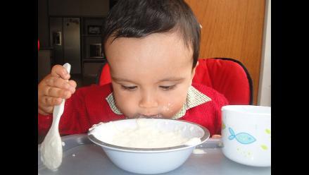 ¿Por qué su hijo ha dejado de comer después del primer año de edad?