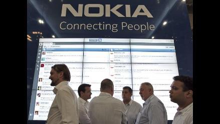 Nokia se desploma en la bolsa tras anunciar pérdidas del semestre