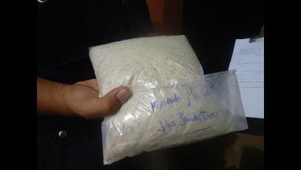 Lambayeque: Recogen muestras de avena de programas del Vaso de Leche