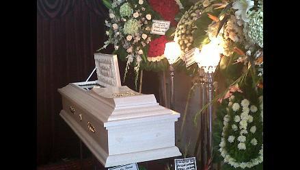 Restos de MC Francia serán enterrados en Lurín
