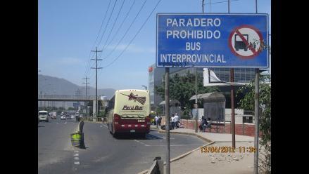 Reportero W: Ómnibus se detiene en paradero prohibido en Salamanca
