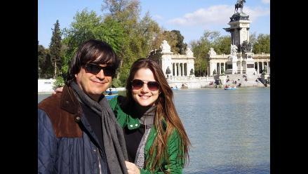 Jaime Bayly y Silvia Núñez del Arco disfrutan viaje en España