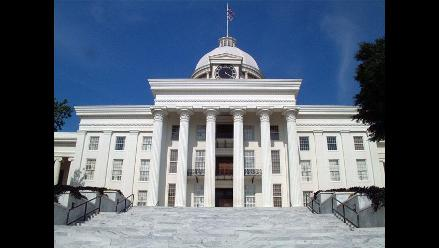 Aprueban polémica ley contra inmigrantes en Alabama
