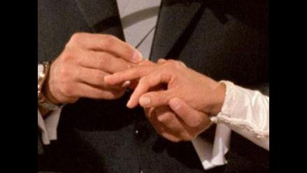 Religiosos anglicanos apoyan matrimonio civil homosexual
