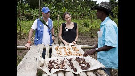 Angelina Jolie promueve campaña a favor de los refugiados en Ecuador