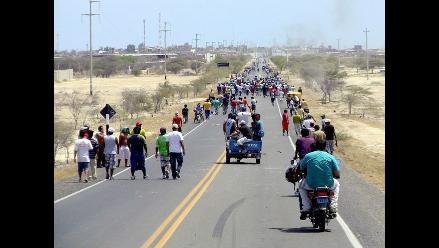 Piura: Continúan bloqueos al ingreso de la ciudad de Paita