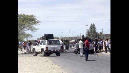 Piura: Población se une a pescadores que mantienen bloqueos en Paita