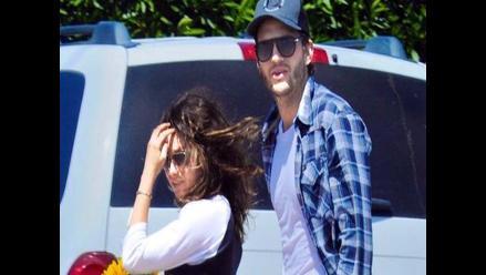 Mila Kunis niega romance con Ashton Kutcher
