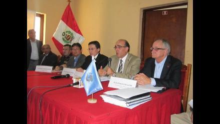 Viceministros invitan a Santos para reiniciar el diálogo en Cajamarca