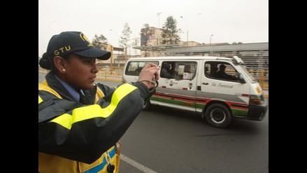 Suspenden fallo que permitía retorno de combis a avenida Túpac Amaru