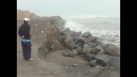 Trujillo: Aplazan enrocado en playa Las Delicias afectada por erosión
