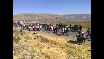 Puno: Intervienen a ocho docentes por bloquear carretera