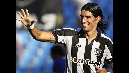 Sebastián Abreu deja el Botafogo y firma contrato con el Figueirense