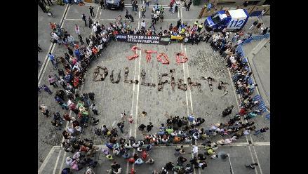 Activistas ´PETA´ contra la corrida de toros