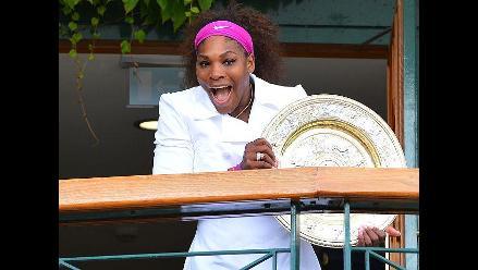 Serena Williams festejó como una niña su quinto título de Wimbledon