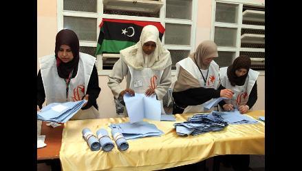 Libios esperan con incertidumbre resultados de elecciones legislativas