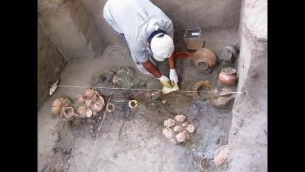 Hallan tumba de personaje de la cultura Lambayeque