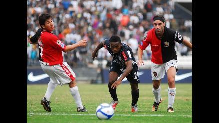 Alianza Lima y Universitario afrontan Clásico con siete debutantes