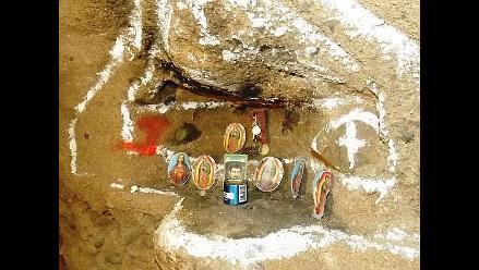 Descubren altar a ´santo´ de narcos en túnel bajo frontera EEUU