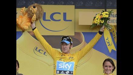 Bradley Wiggins lidera clasificación general del Tour de Francia