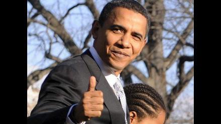 Obama participa en los Premios Juventud y se dirige a dos hispanas