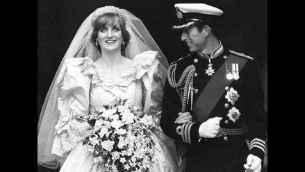 Subastan por U$538 una tostada de la boda de príncipe Carlos y Diana
