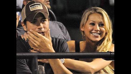 Enrique Iglesias se siente casado con Anna Kournikova