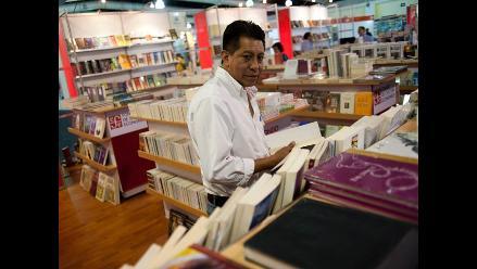 Fiebre del cómic resurge en la Feria del Libro de Lima
