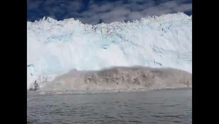Iceberg se desprende y causa tsunami que casi mata a turistas
