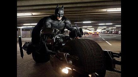 Recuerde los vehículos de Batman en el paso del tiempo