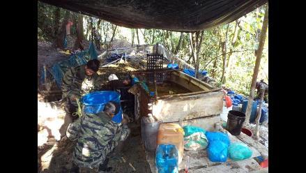 Destruyen dos laboratorios de PBC y tres toneladas de coca en Monzón