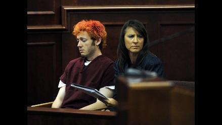 Expertos analizan por qué James Holmes no se suicidó tras matanza