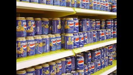Pepsi gana 14% menos por reestructuración y fortaleza del dólar