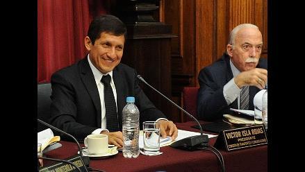 Inscriben lista de Víctor Isla para Mesa Directiva del Congreso