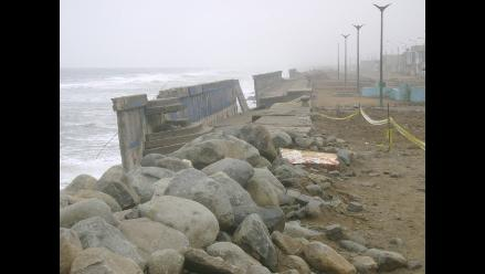 Critican ausencia de supervisor en enrocado de playas de Trujillo