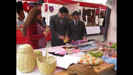 Trujillo: Artesanos exponen sus productos en feria por Fiestas Patrias